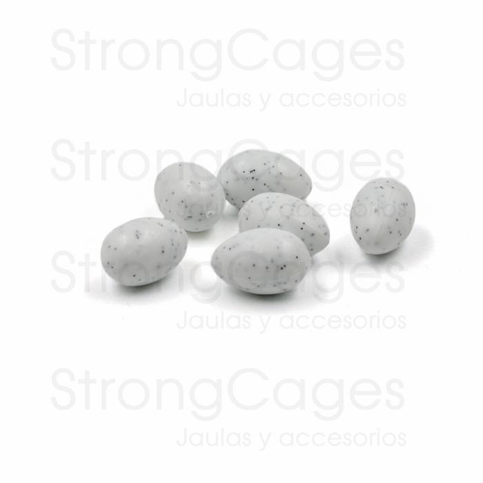huevos falsos pequeños